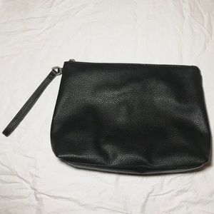 Steve Madden Black Pebble Clutch Wristlet
